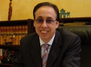 Oscar Martinez, Apei