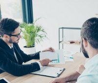 ¿Cuáles son los salarios del sector inmobiliario?